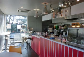 CENTRAL CAFE ロゴ画像